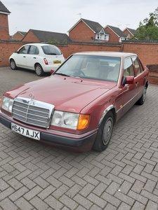 1991 Mercedes w124 230e