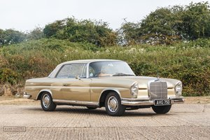 Picture of 1966 Mercedes-Benz 220 SEB Coupe