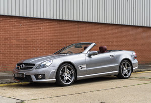2011 Mercedes-Benz SL63 AMG (RHD) For Sale