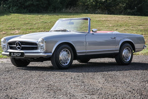 Mercedes-Benz 280SL Pagoda Silver with Red Leather PERFECT