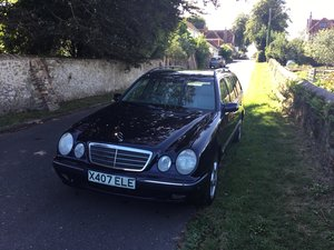 Picture of 2000 Mercedes E240 2.6 Petrol Elegance Estate