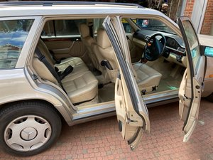 Mercedes E280 Estate, 7 seater. Good condition
