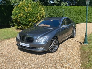 Stunning Mercedes S500 - low mileage