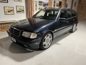 Mercedes benz C43 W202 rare estate investment