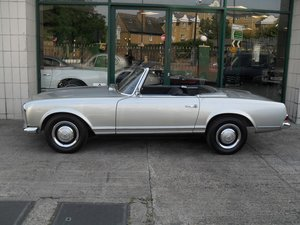 Picture of 1966 Mercedes 230SL LHD Fully restored,engine rebuild etc