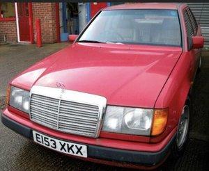 1987 Mercedes 300E W124 Project No rust Leather, Aircon