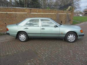 Picture of 1988 Mercedes 230E saloon auto For Sale