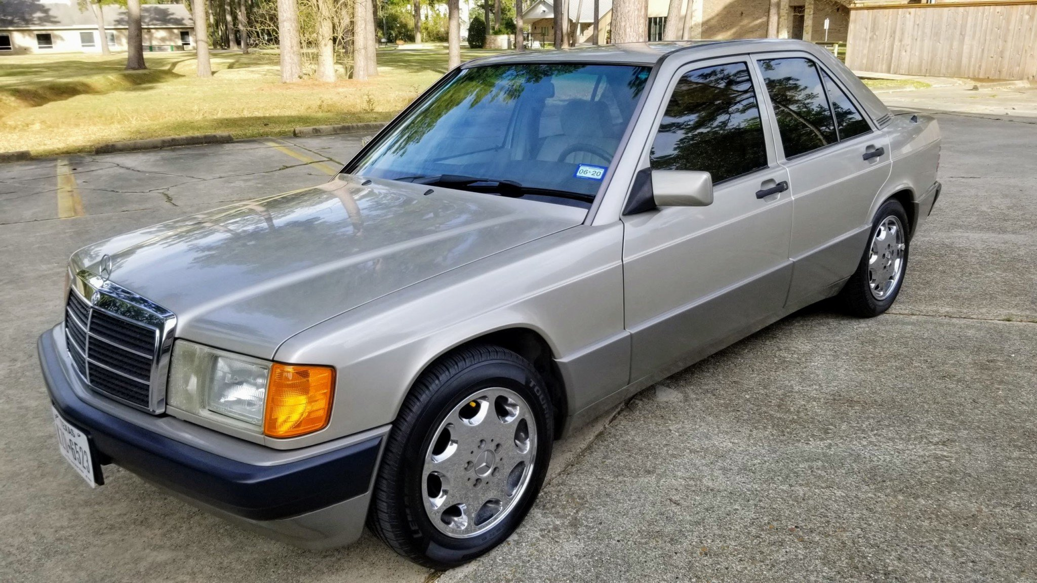 1993 Mercedes-Benz 190E 2.3 For Sale (picture 2 of 24)