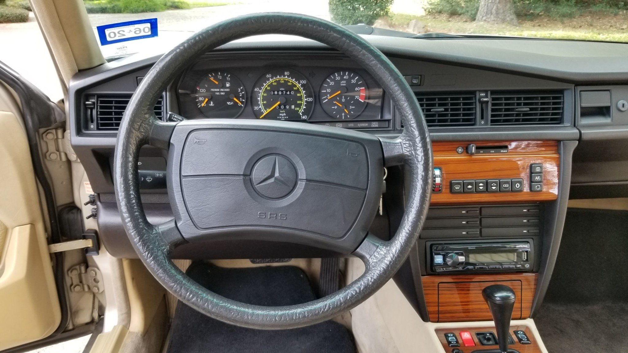 1993 Mercedes-Benz 190E 2.3 For Sale (picture 13 of 24)