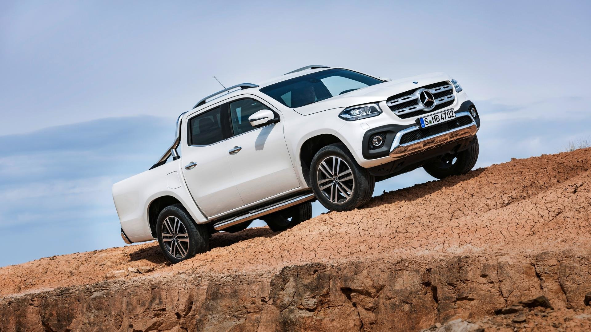 2018 LHD - Mercedes Benz X 250 pick up 4x4 - Like new For Sale (picture 1 of 1)