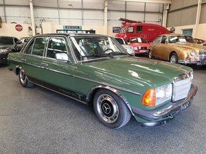**OCTOBER ENTRY** 1979 Mercedes 300D