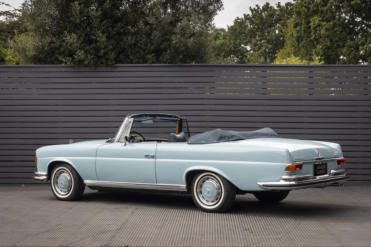 1970 MERCEDES-BENZ 280SE CABRIOLET AUTO LHD (FLOORSHIFT) For Sale (picture 2 of 6)
