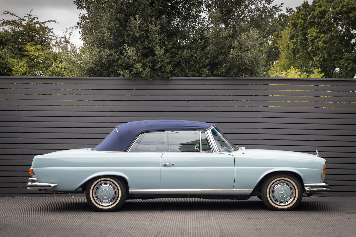 1970 MERCEDES-BENZ 280SE CABRIOLET AUTO LHD (FLOORSHIFT) For Sale (picture 3 of 6)