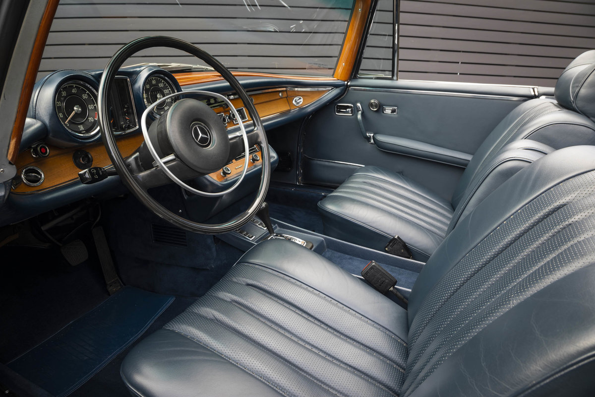 1970 MERCEDES-BENZ 280SE CABRIOLET AUTO LHD (FLOORSHIFT) For Sale (picture 4 of 6)