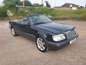 Mercedes E220 Cabriolet W124 (A124 model) 1994 MOT to May 21