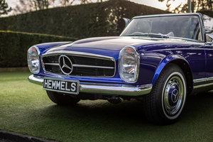 Mercedes-Benz 280 SL Pagoda in Cardiff Blue by Hemmels