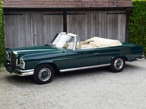 Picture of 1963 Mercedes 220 SEb Convertible (LHD). Ex-Pat di Cicco For Sale