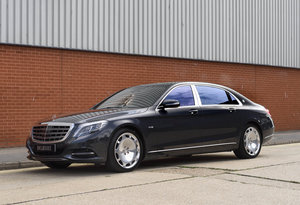 Mercedes-Benz S600 Maybach (RHD)