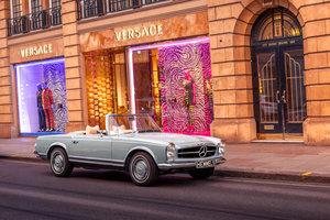 Mercedes-Benz 280 SL Pagoda in Horizon Blue by Hemmels