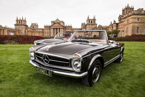 1968 Mercedes-Benz 280 SL Roadster in Anthracite Grey by Hemmels