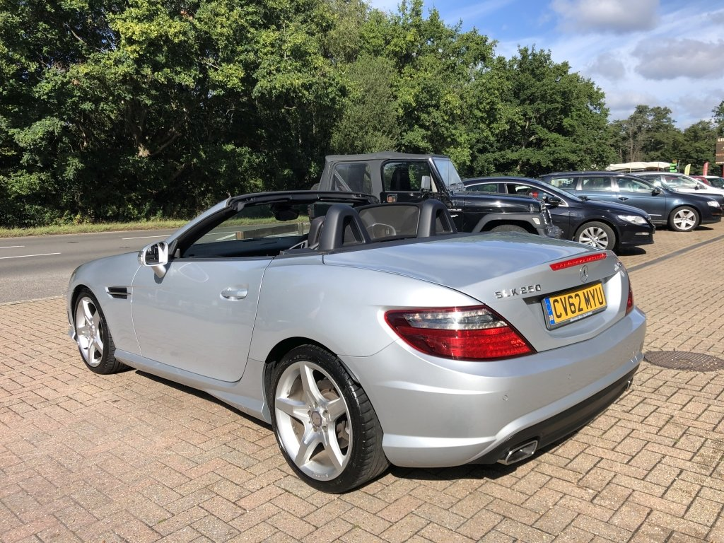 2012 (62) Mercedes Benz SLK250 CDi BlueEFFICIENCY AMG Sport For Sale (picture 3 of 6)