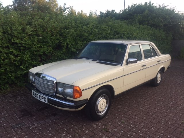 1983 Mercedes 230e (w123)  For Sale (picture 1 of 4)