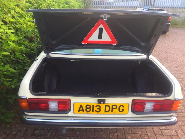 1983 Mercedes 230e (w123)  For Sale (picture 4 of 4)