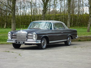 Picture of 1965 Mercedes W111 Coupe CONCOURS condition
