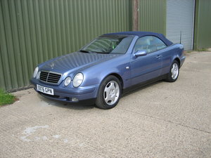 Picture of 1999 Mercedes Convertible Auto CLK 320