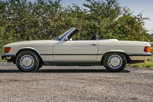 1982 Mercedes-Benz 380SL (R107) with Brazil Leather