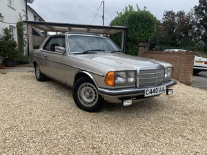 Picture of 1985 MERECEDES BENZ 230 CE PROJECT