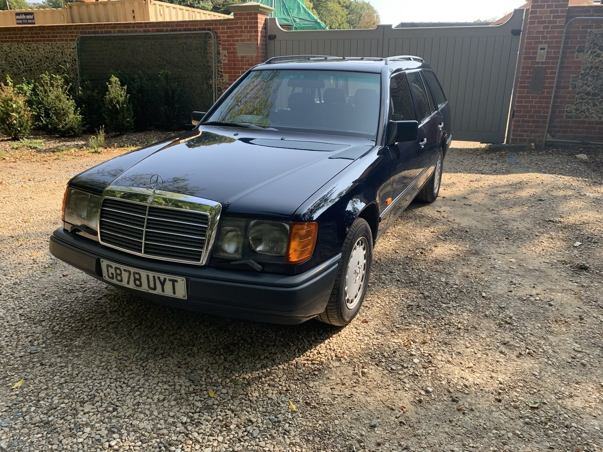 1989 W124 300 TE One Previous Owner For Sale (picture 3 of 6)