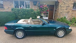 Picture of 1997 SL 320, lovely condition, New MOT.