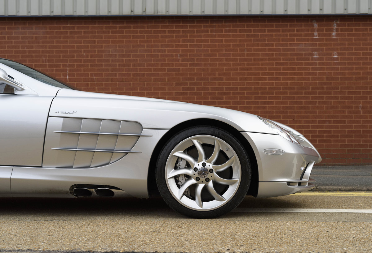 2005 Mercedes-Benz SLR McLaren (LHD) For Sale (picture 12 of 24)
