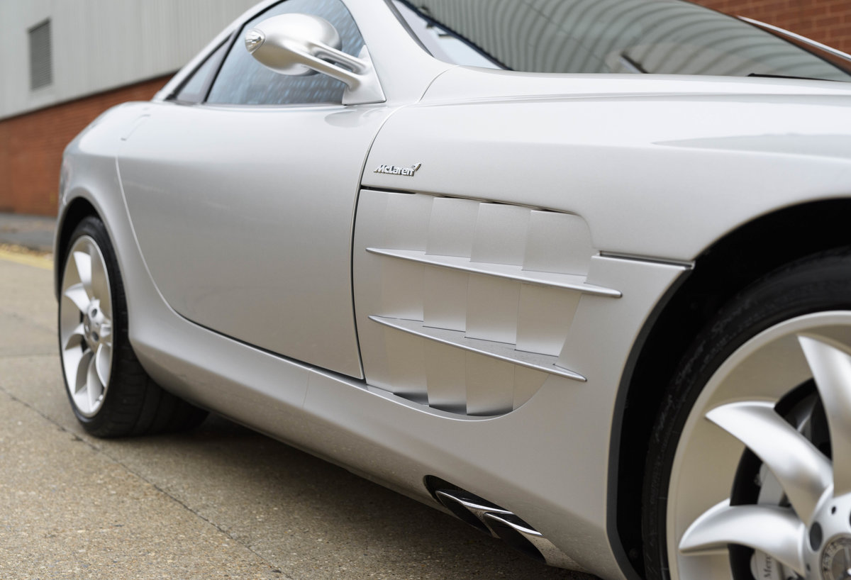 2005 Mercedes-Benz SLR McLaren (LHD) For Sale (picture 13 of 24)