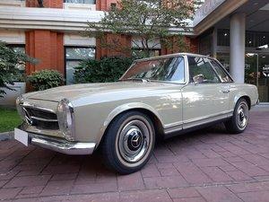 """Mercedes Benz R113 230 SL """"Pagoda"""""""