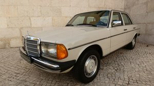 Picture of 1982 Mercedes 240D very good condition-Matching Numbers For Sale