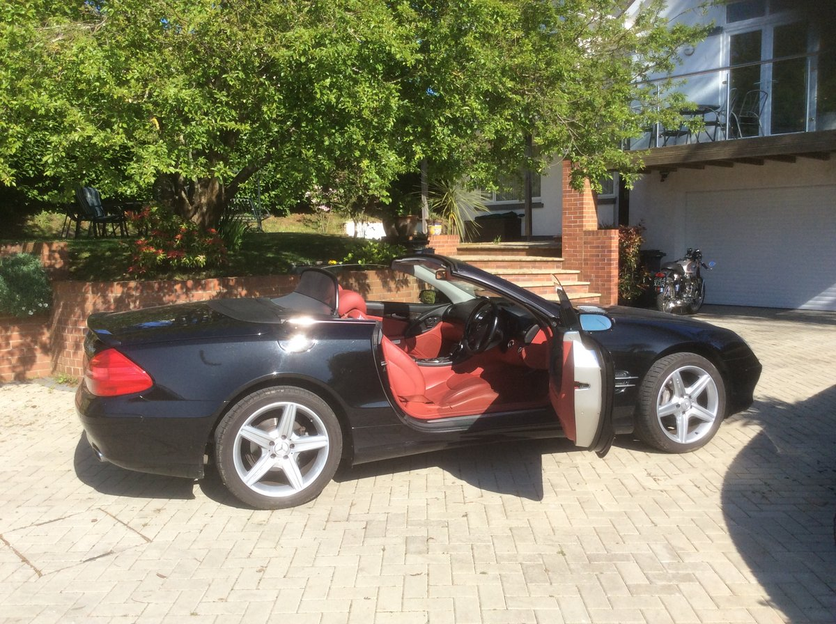 Sept 2005 Mercedes SL350 For Sale (picture 2 of 6)