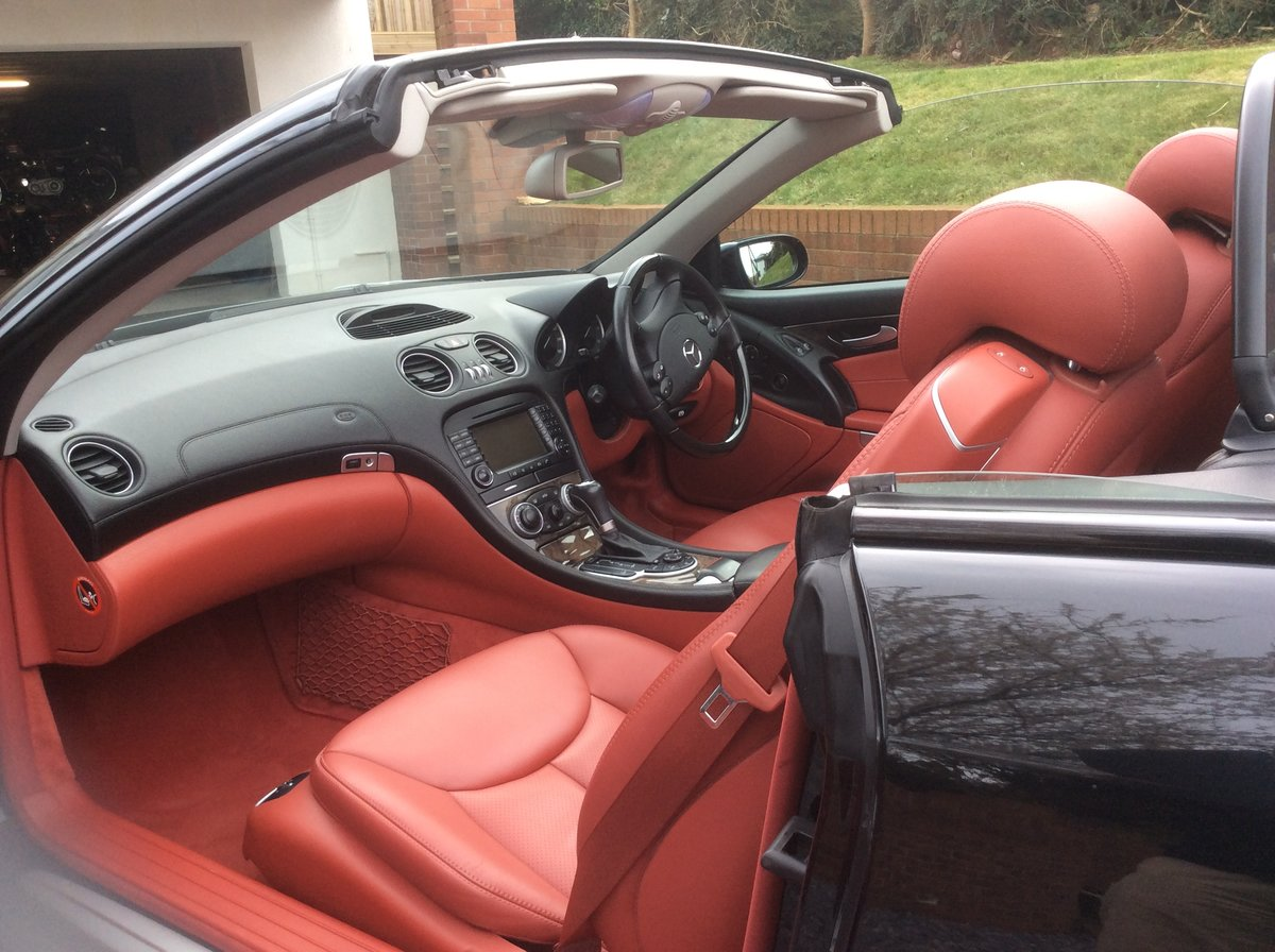 Sept 2005 Mercedes SL350 For Sale (picture 5 of 6)