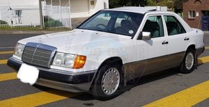 Picture of 1993 PRICE REDUCED Immaculate Low Mileage Mercedes W124 E200 Auto SOLD
