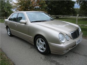 Mercedes e320 mint condition only 27414 miles
