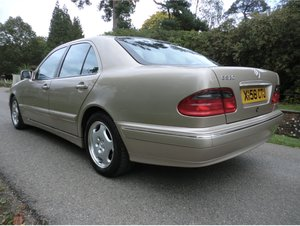 Mercedes W210 E320 , 27K , BACK ON SALE DUE TO TIME WASTER