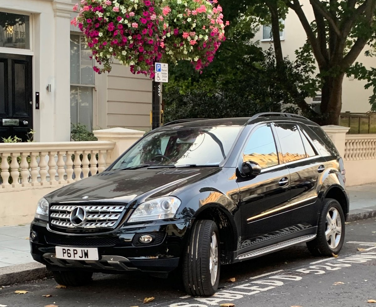2006 Mercedes 5.0 ML500 Sport 7G-Tronic 4x4 5dr Petrol For Sale (picture 1 of 6)