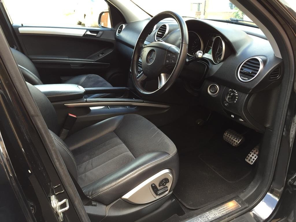 2006 Mercedes 5.0 ML500 Sport 7G-Tronic 4x4 5dr Petrol For Sale (picture 6 of 6)
