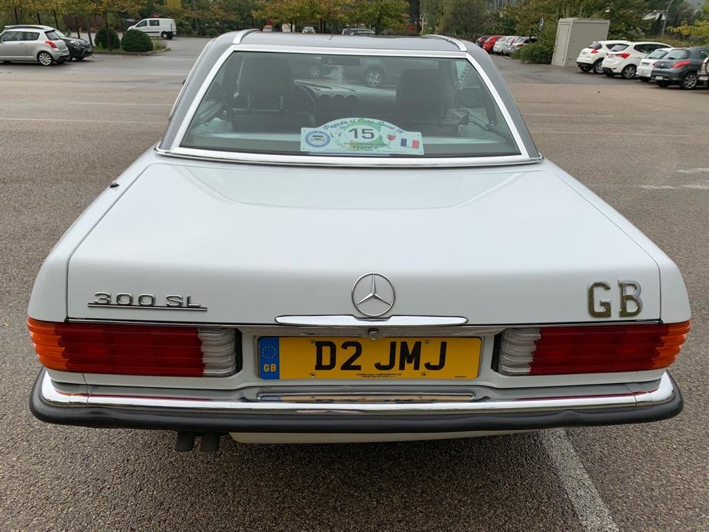 1989 Mercedes Benz R107 SL300! Low Mileage! For Sale (picture 5 of 6)