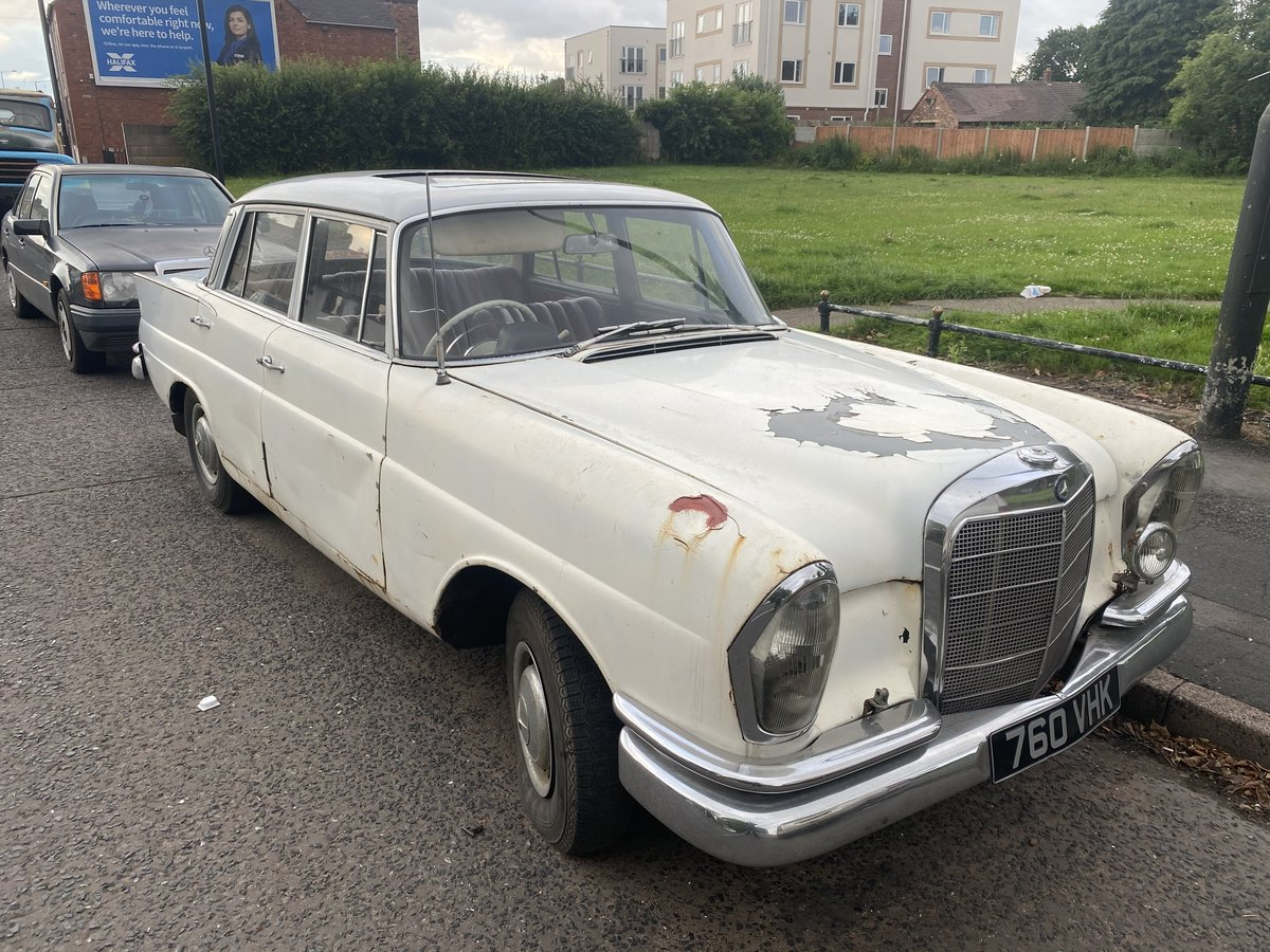 1961 Mercedes 220SE For Sale (picture 2 of 6)