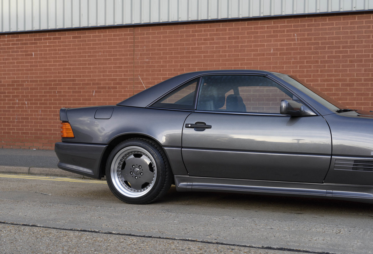 1992 Mercedes-Benz SL60 AMG (RHD) For Sale (picture 11 of 24)