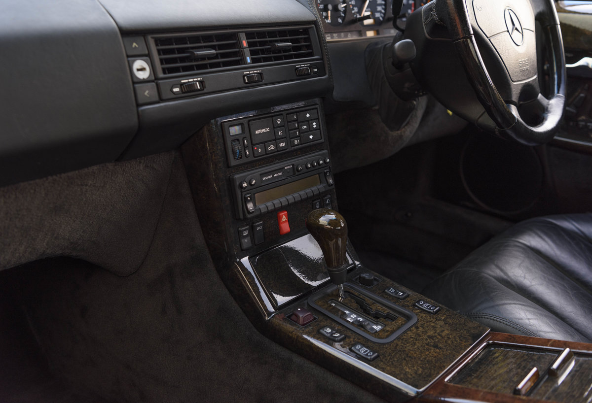 1992 Mercedes-Benz SL60 AMG (RHD) For Sale (picture 17 of 24)