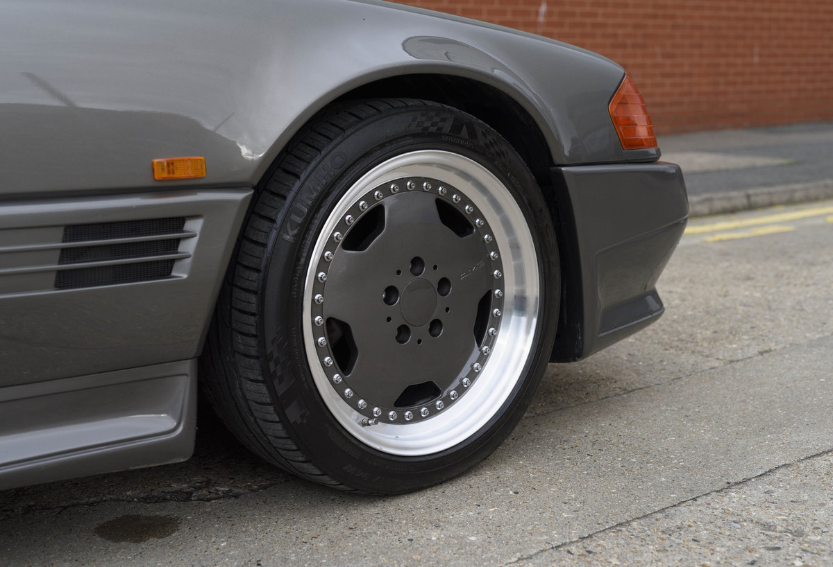 1992 Mercedes-Benz SL60 AMG (RHD) For Sale (picture 12 of 24)