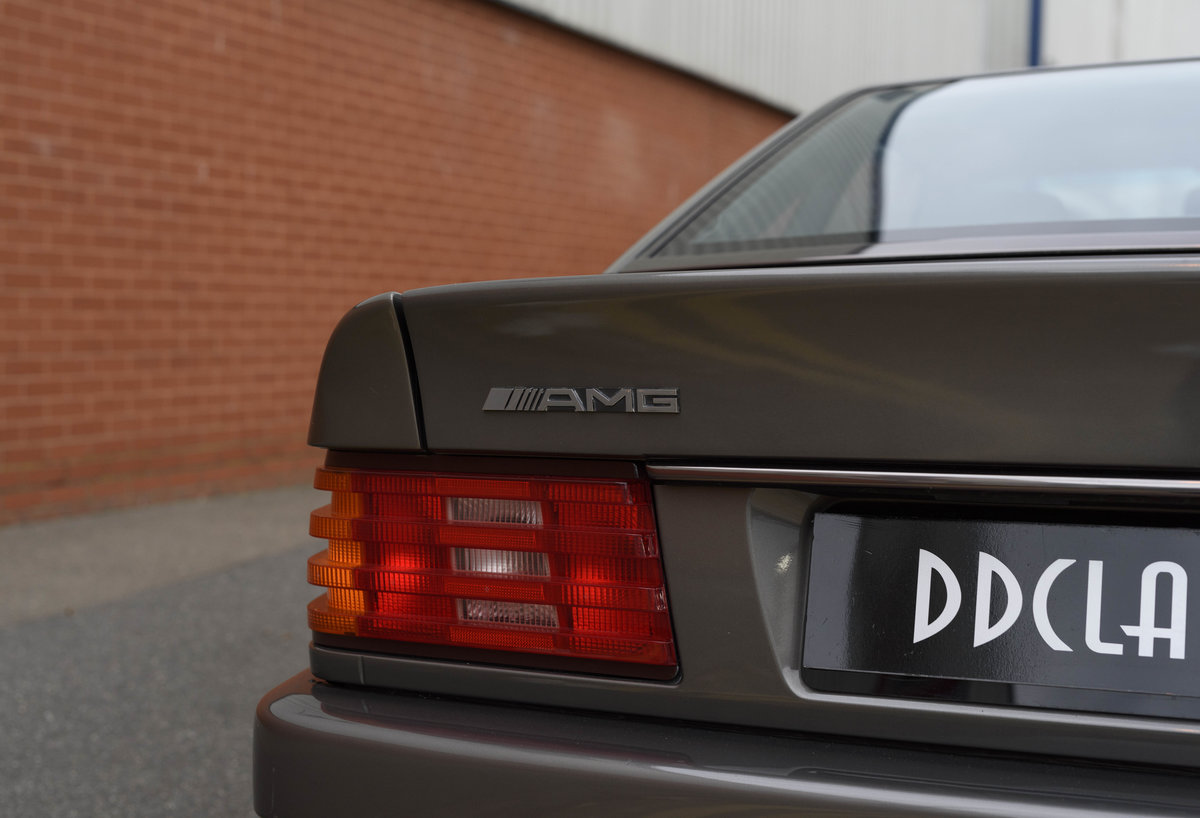 1992 Mercedes-Benz SL60 AMG (RHD) For Sale (picture 15 of 24)